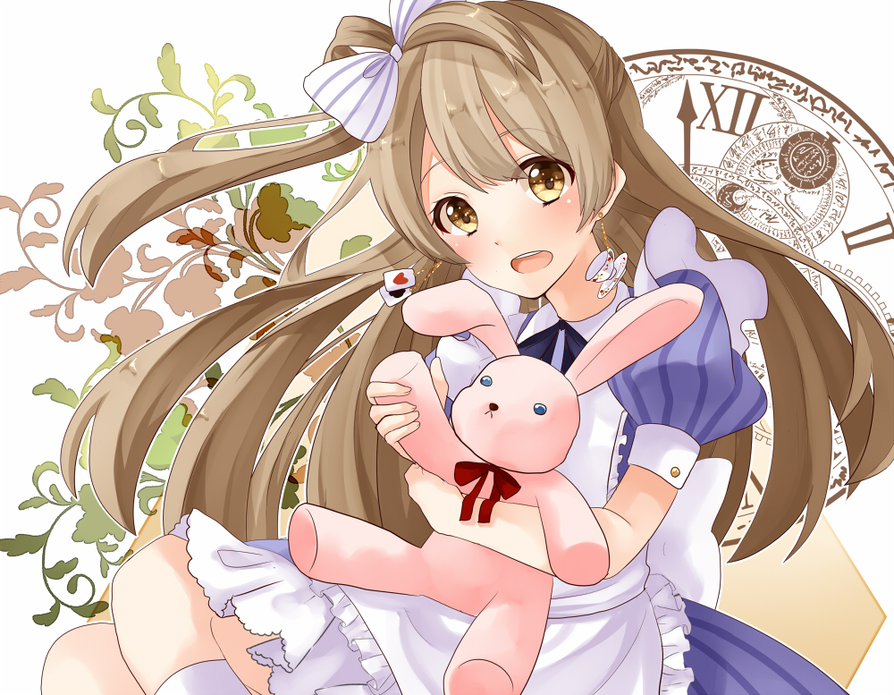 As an apology, please accept this adorable photo of Kotori I got from Zerochan.net